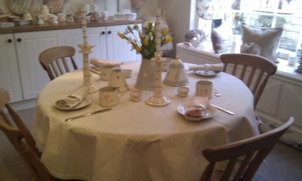 Nov 2012 table setting