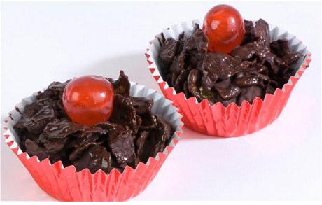 Red Nose Day: chocolate raisin crispie cakes recipe