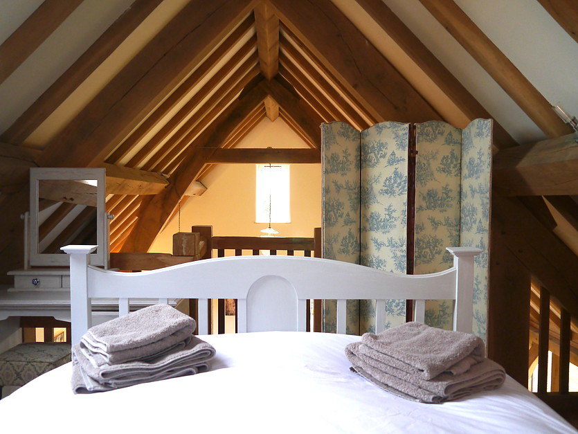 Ashwell Barn Cotswolds Accommodation - Bedroom
